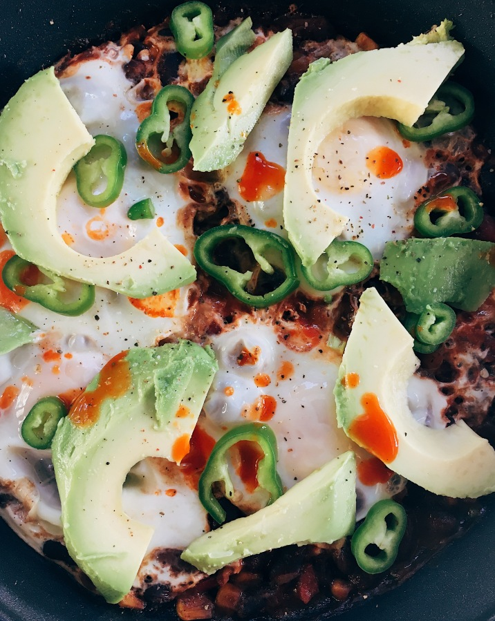Mexican one pot beans & eggs.